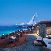 Скидки раннего бронирования в отелях Elounda Beach Hotel & Villas 5* и Elounda Bay Palace 5*
