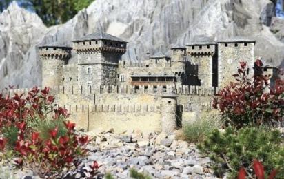 Италия в миниатюре. Замок Фенис. Римини