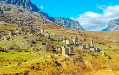 Горная Ингушетия. Эгикал (Эгикхал). Древние башни и руины в ущелье Джейрах