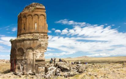 Турция. Руины Ани. Разрушенная церковь в провинции Карс