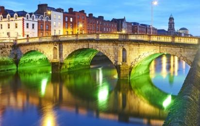 Дублин. Мост вечером