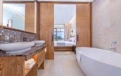 SAVOY RESORT & SPA SEYCHELLES. Junior Suite